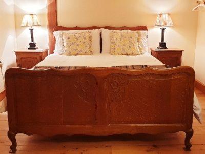 Chatsworth bed - markstonefarm.co.uk
